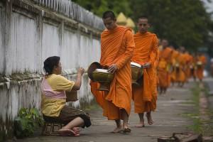 bouddhistes-mendiant